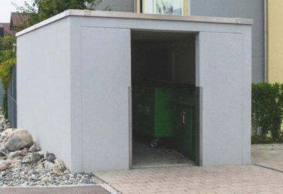 Parte frontale in cemento con apertura