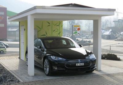 Carport con impianto di energia solare