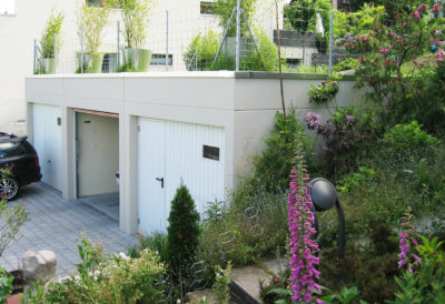 3 garage sotterranei con parapetto da 50 cm di altezza e senza tettoia